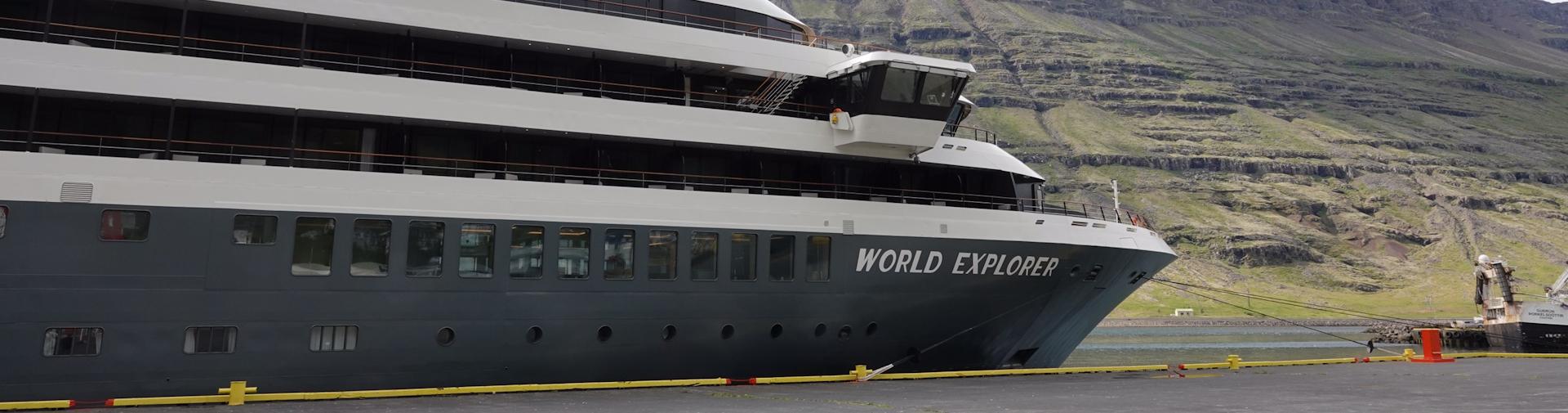 World Nicko Cruises